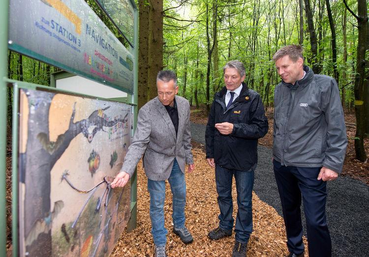 Audi-Umweltstiftung: Fledermaus-Lehrpfad  als Beitrag zum Artenschutz