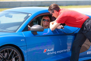 International ski elite meets for Audi driving experience