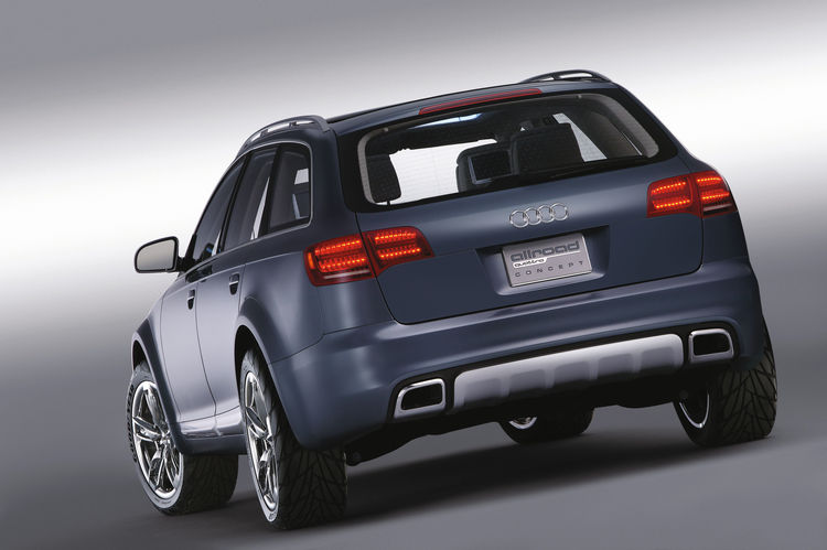 LED rear light of the Audi allroad quattro concept