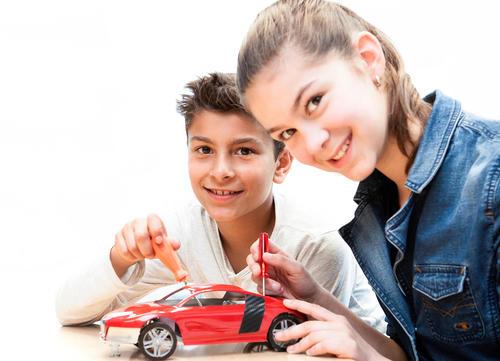 Nachwuchsingenieure aufgepasst: Kinderprogramm im Audi Forum Neckarsulm