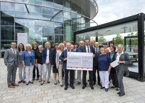 Audi-Spende für die Tafeln der Region