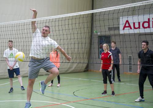 Junge Audianer erlaufen beim Azubi-Sportfest 5.000 Euro für den guten Zweck