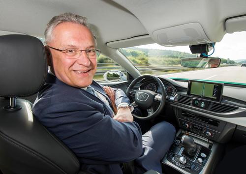 Joachim Herrmann, Bavarian State Minister of the Interior, for Building and Transport, visited AUDI AG in Ingolstadt.