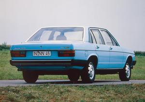 Audi 100 GL 5D (C2), Baujahr 1978