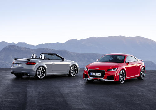 Audi TT RS Coupé and TT RS Roadster: the sporty vanguard of the model series