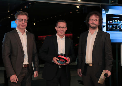 "Preisverleihung ""Car Connectivity Award 2016"""