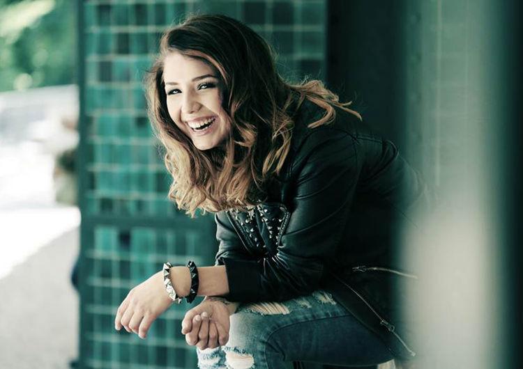 Über 85 Millionen Mal wurden ihre Videos auf YouTube bis heute angesehen: Sängerin Nicole Cross begeistert am 10. November das Publikum im Audi Forum Neckarsulm