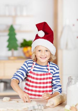 Kinderaktionen - Weihnachtsbäckerei in der Weihnachts-KreativWerkstatt