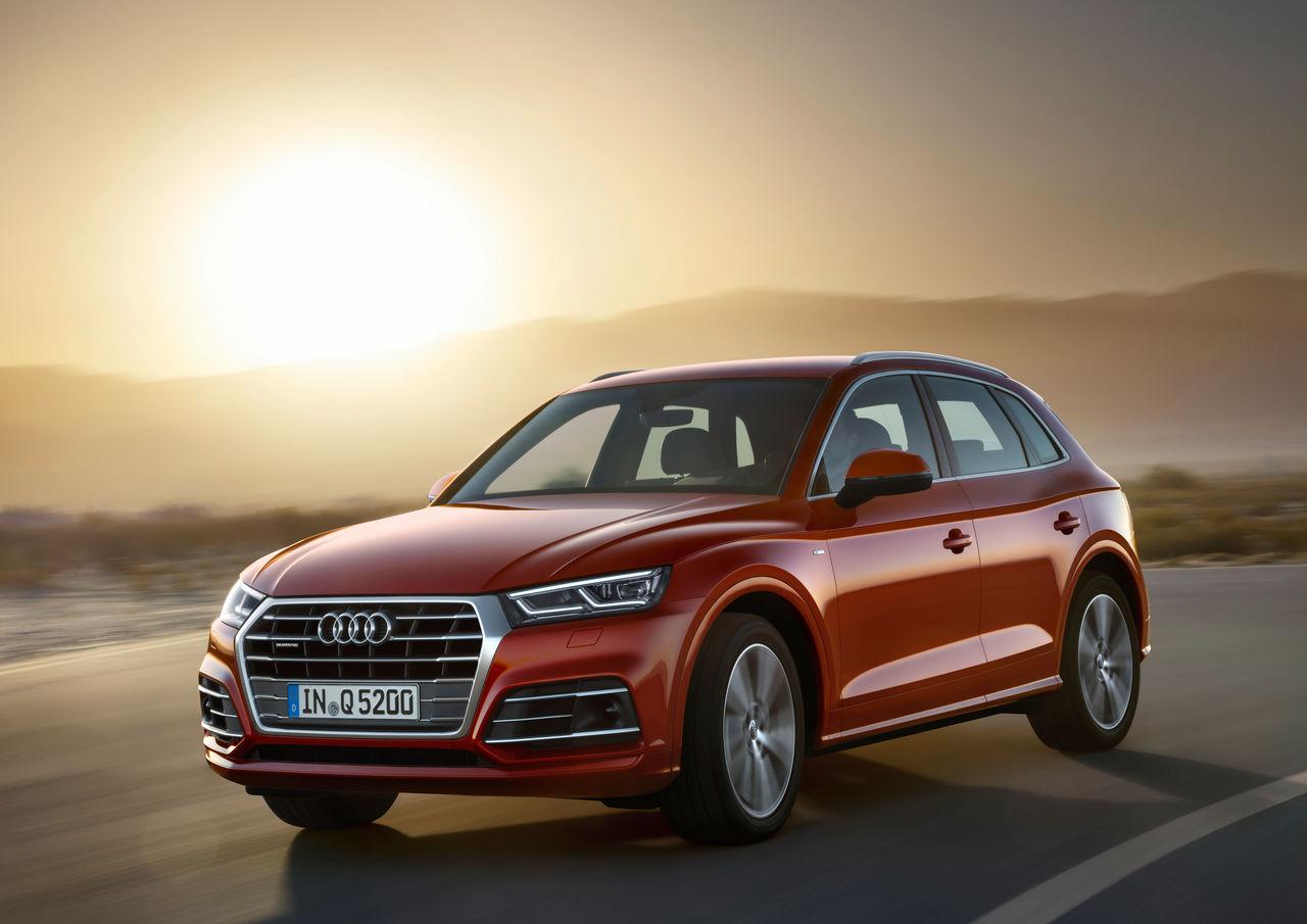 """""""Golden Steering Wheel"""" for Audi Q5"""
