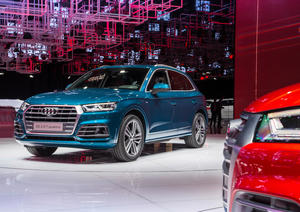 The new Audi Q5, Paris Motor Show 2016