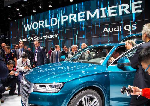 Der neue Audi Q5, Paris Motor Show 2016