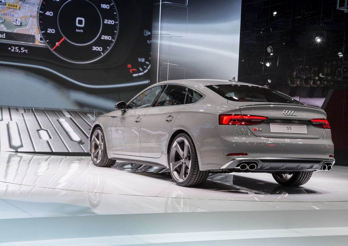 der neue audi s5 sportback paris motor show 2016 audi. Black Bedroom Furniture Sets. Home Design Ideas