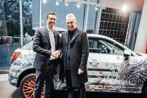 Operngala Berlin: Audi versteigert Q2 im Design von Jean Paul Gaultier