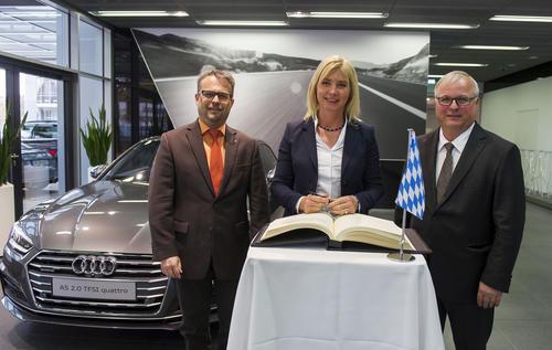 Bayerische Umweltministerin besucht Audi-Standort Ingolstadt