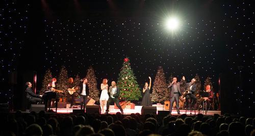 """""""Christmas Moments"""" im Audi Forum Neckarsulm – Weihnachtslieder neu erleben"""