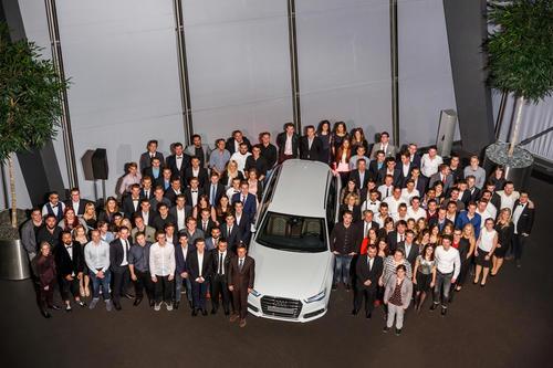 Audi Neckarsulm übernimmt 122 Auszubildende und 15 dual Studierende