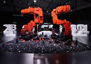 """Installation """"The extra hour"""" von Audi und der LEGO® Gruppe auf der Design Miami/"""