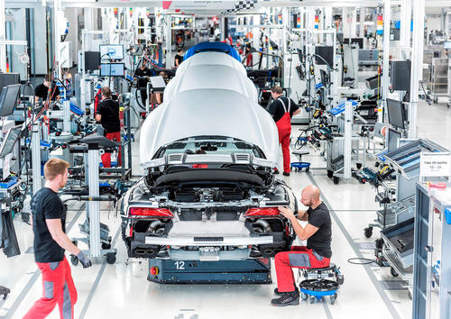Audi R8-Spyder in der Manufaktur