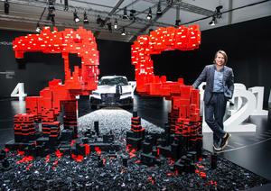 """""""The extra hour"""" installation by Audi and the LEGO® Group at Design Miami/"""
