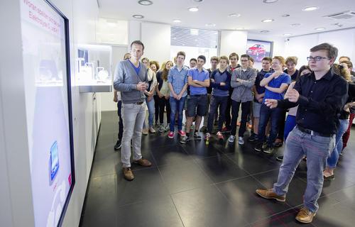 Audi Forum Ingolstadt: Neue Spielstation erklärt Jugendlichen nachhaltige Mobilität