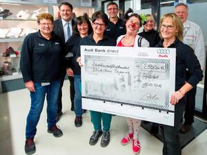 Audi-Spende für Klinikclowns