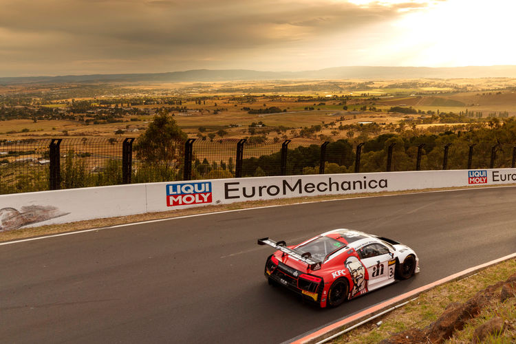 Two podium places for Audi customer teams in Bathhurst 12 hours