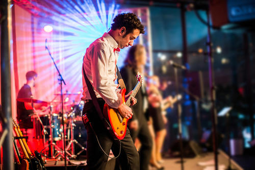 "Kult-Party im Audi Forum Neckarsulm:  ""After-Work meets 80er/90er – Live on Stage"""