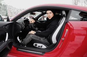 Besuch von Spielern des FC Bayern München auf der Audi driving experience in Kitzbühel: Mario Götze (D)
