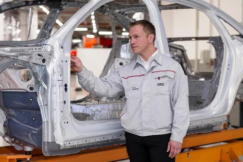 Karosseriebau Audi A8