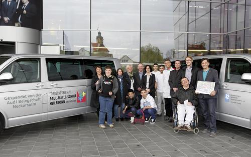 Neckarsulmer Audianer spenden Autos an soziale Einrichtungen aus der Region