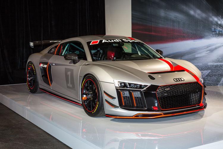 Audi R8 LMS GT4 (2017)