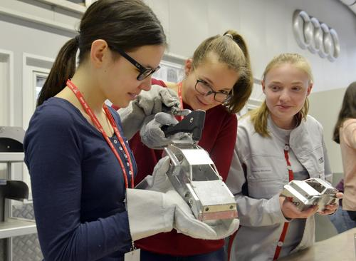 Girls' Day – Audi begeistert Mädchen für Technik