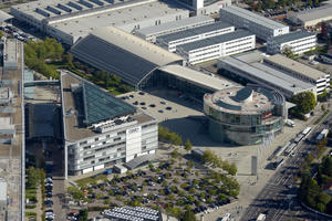 25 Jahre Kundenbegeisterung: Fahrzeugauslieferung in Ingolstadt feiert Jubiläum