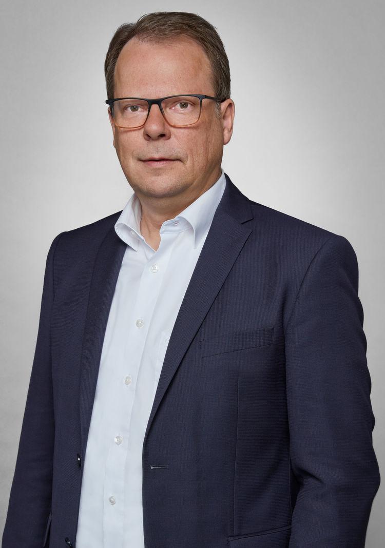 Dr.-Ing. Peter Mertens
