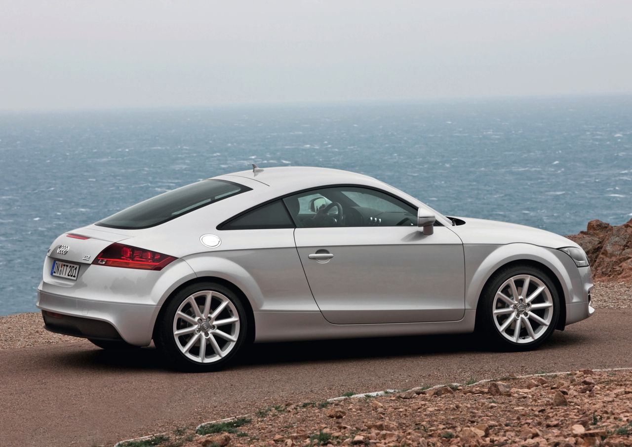 Kelebihan Tts Audi Perbandingan Harga