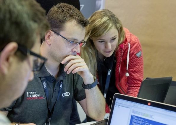Smart Factory Hackathon: Codieren für die Audi-Produktion der Zukunft