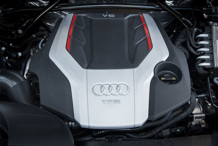 TechDay Combustion Engine Technology Audi SQ5