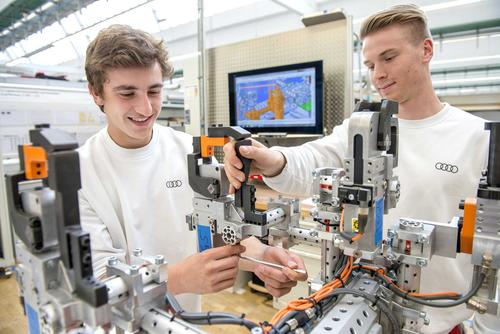 "What makes ""Generation Z"" tick? Audi examines the goals and desires of its youngest employees"