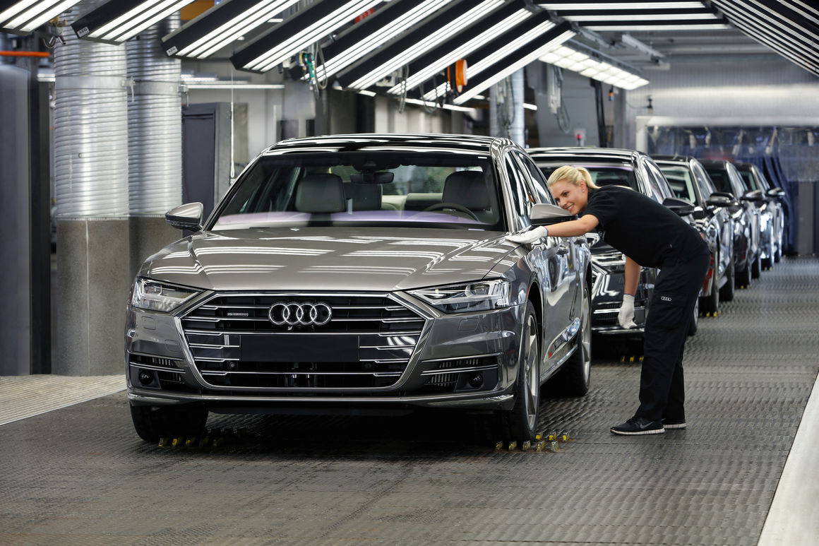 07/28/17IngolstadtCompanyAudi Group posts robust financial figures after challenging first half of 2017Audi Group posts robust financial figures after challenging first half of 2017