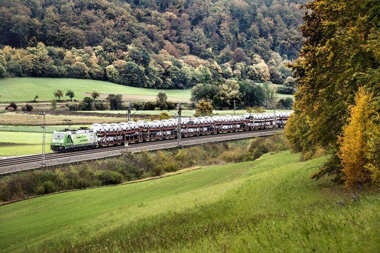 Audi fährt mit DB Cargo deutschlandweit CO2-frei