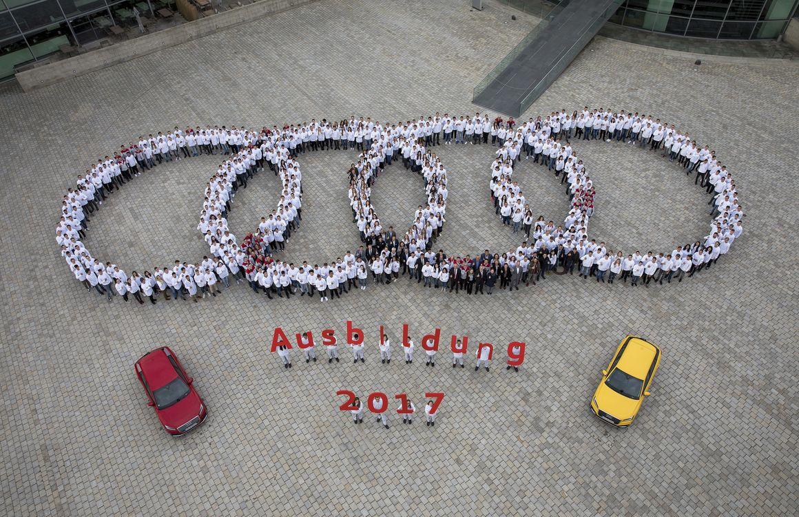Erster Arbeitstag für Azubis bei Audi Ingolstadt