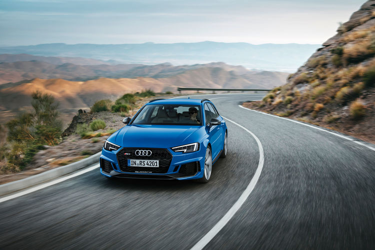 Return Of The Rs Icon The New Audi Rs 4 Avant Audi Mediacenter