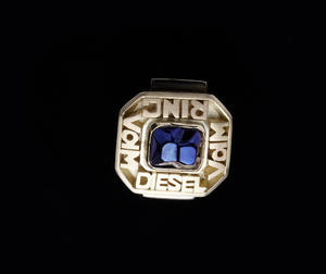 "High honors: Dr. Ulrich Hackenberg recognized with the VdM ""Golden Diesel Ring"""