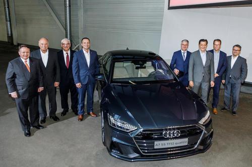 Betriebsrat und Unternehmen verkünden zwei Elektromodelle für Audi Neckarsulm