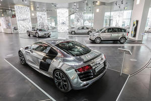 """Sonderausstellung im Audi museum mobile: """"Glanzstücke – Der Glanz der Technik"""""""