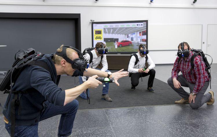"""""""Virtual Reality Holodeck"""" für schnellere Produktentwicklung"""