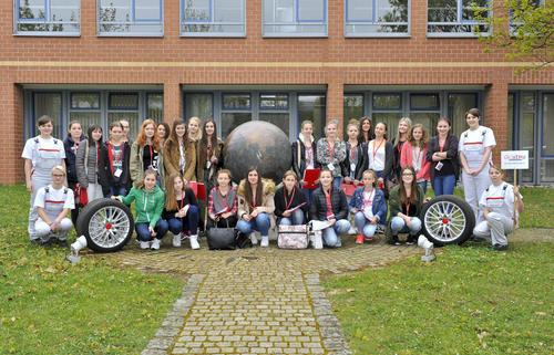 Girls' Day begeistert Mädchen für Technik