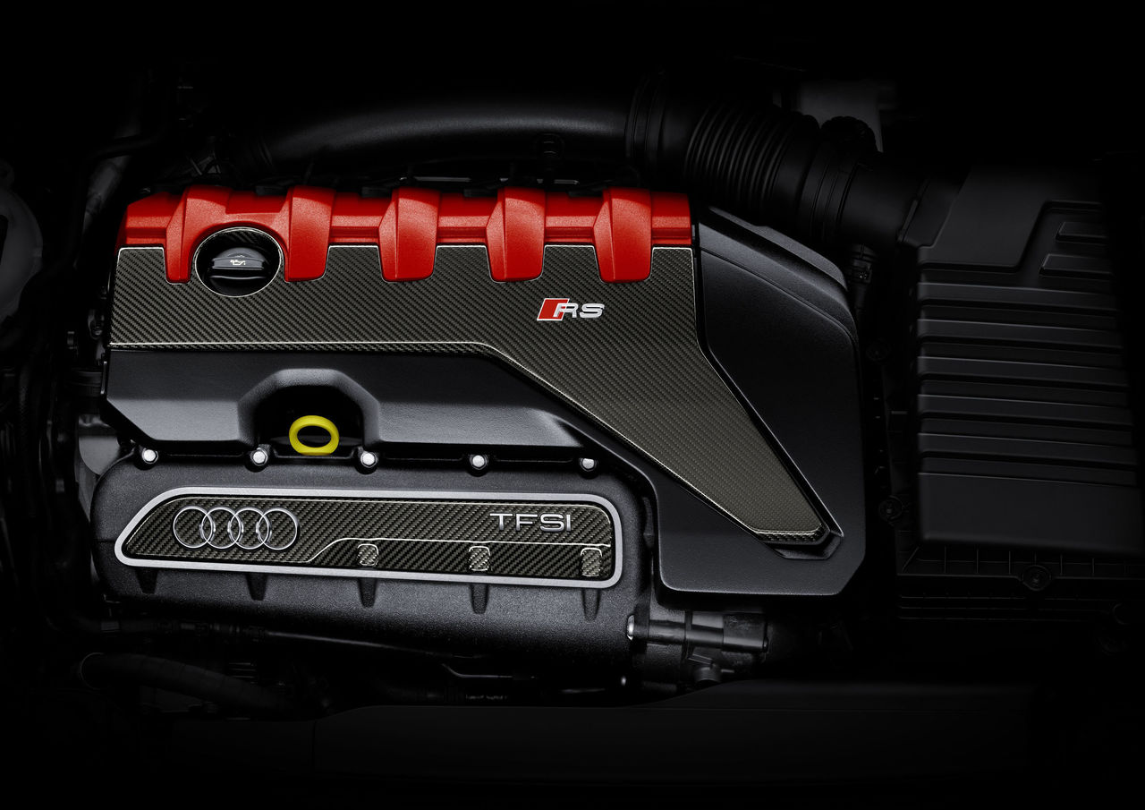 """Ninth victory in a row: Audi 2 5 TFSI engine named """"Engine of the"""