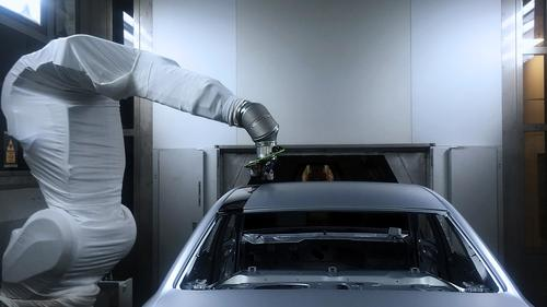 Contrasting paintwork in just one spray process: Audi tests overspray free painting