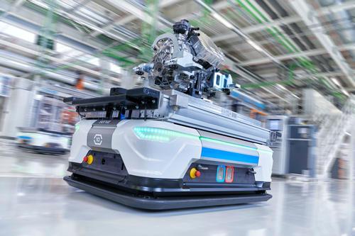 Neue Ära: Audi Hungaria startet  Serienproduktion von Elektromotoren